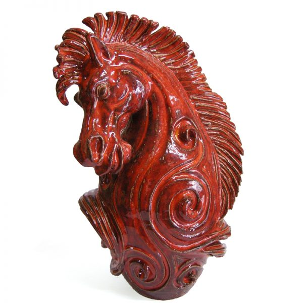 cavallo scultura rossa, horse red sculpture
