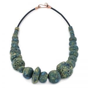 collana artigianale in ceramica, handcrafted necklace in pottery