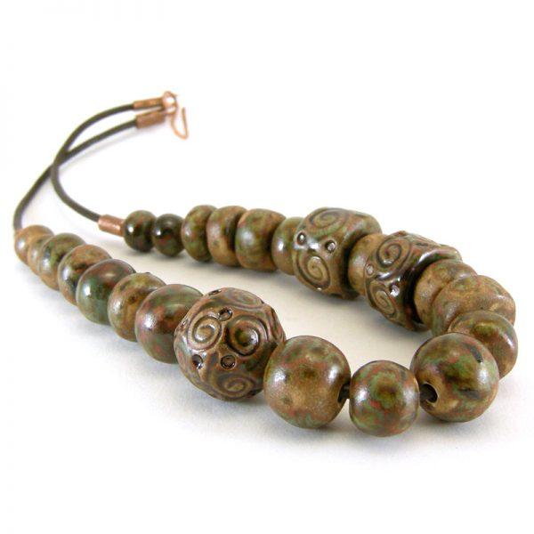 collana con motivo a spirali, necklace with spiral motif
