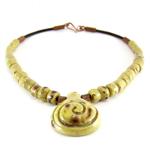 collana giallo e marrone, yellow and brown necklace