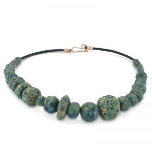 collana gioielli contemporanei in ceramica, necklace contemporary jewelry in ceramic