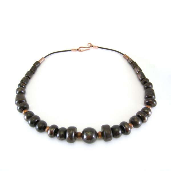 collana in ceramica marrone e rame, ceramic necklace brown and copper