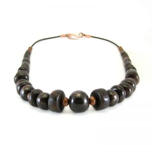 collana marrone con rame, brown necklace with coper