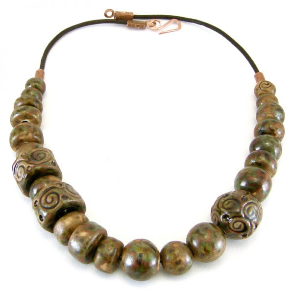 collana primitiva, primitive necklace