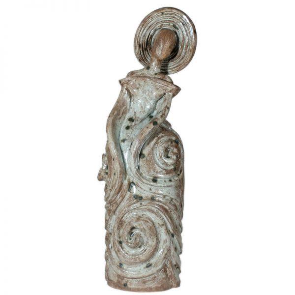 donna ceramica fatta a mano, handcrafted pottery woman