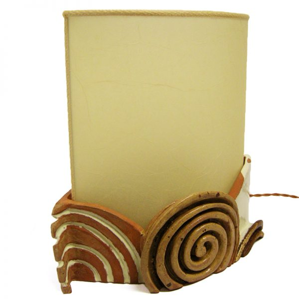 lampada con spirali in terracotta, lamp in pottery with spirals