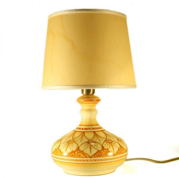 lampada camera da letto in ceramica dipinta a mano in toscana arancio terra di siena, ceramic bedside lamp handpainted in tuscany