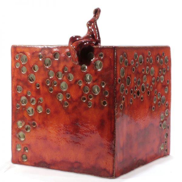lampada scultura ceramica rossa, red sculpture lamp in pottery