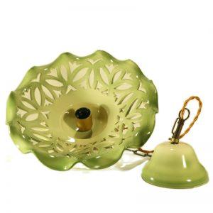 lampada sospensione verde in ceramica intagliata fatta a mano, handmade green pendant lamp in ceramic