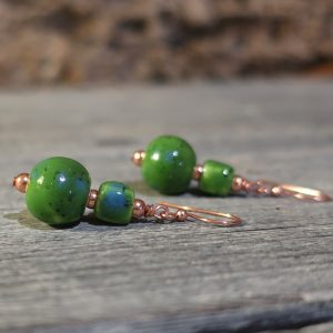 orecchini pendente perle verdi ceramica toscana, earrings green beads in pottery tuscany