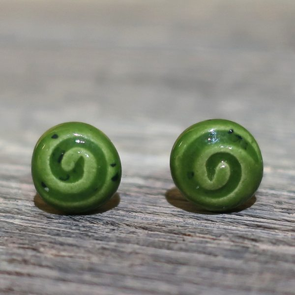 orecchini spirale verde ceramica fatto a mano italia, green spiral earrings in ceramic hand made in italy