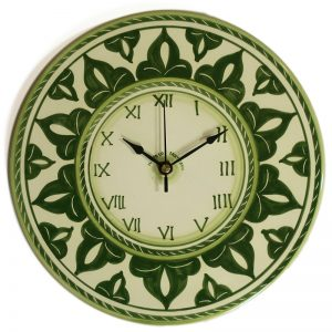 orologio verde in ceramica rotondo da parete dipinto a mano, handpainted green clock in ceramic made in tuscany