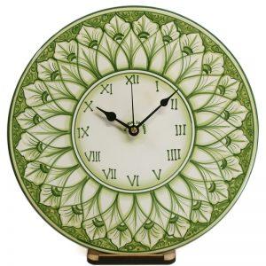 orologio verde rotondo da parete in ceramica dipinto a mano, hand painted green clock in ceramic