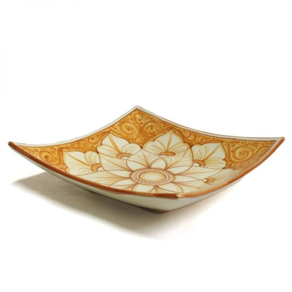 piatto quadrato in ceramica terra di siena, burnt sienna squared plate in pottery