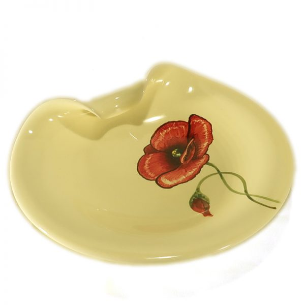 piattoceramica con papavero rosso dipinto a mano in toscana, ceramic plate with red poppy handmade in tuscany