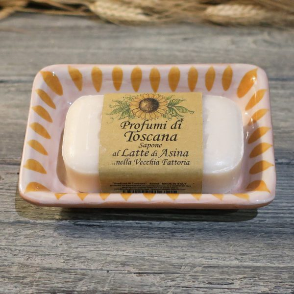 portasapone ceramica toscana dipinto a mano giallo arancio e saponetta latte d'asina, ceramic soap dish yellow orange and donkey milk soap Tuscany