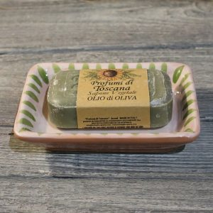 portasapone ceramica toscana dipinto a mano in verde saponetta vegetale olio di oliva, green hand painted ceramic soap dish and olive oil vegetal soap