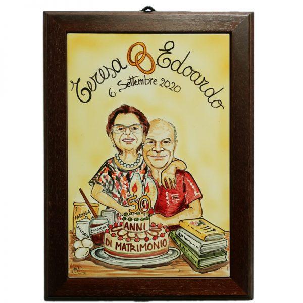 quadro in ceramica caricatura anniversario 50 anni nozze d'oro, ceramic painting with wooden frame custom gift caricature wedding anniversary