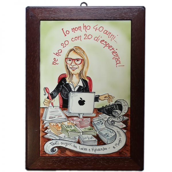 quadro in ceramica con cornice legno caricatura per compleanno 40 anni, ceramic painting with wooden frame custom gift caricature birthday 40 years