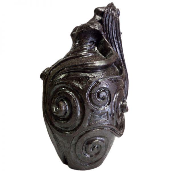 scultura donna sarteano, sarteano woman sculpture