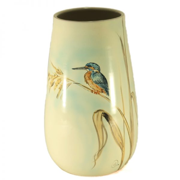 vaso ceramica martin pescatore dipinto a mano uccelli ceramica toscana, ceramic vase with kingfisher and lake reeds hand-painted ceramic birds collection